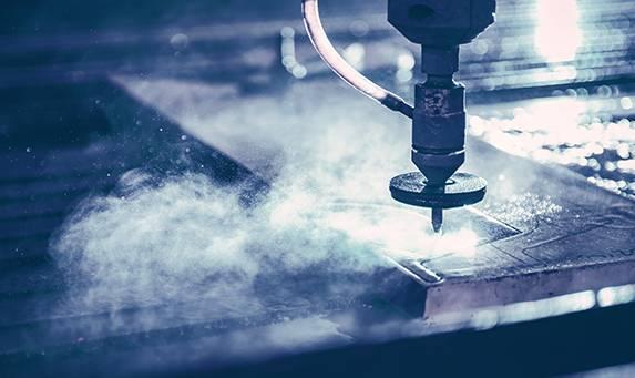 sous-traitant découpe pièce industrie jet d'eau
