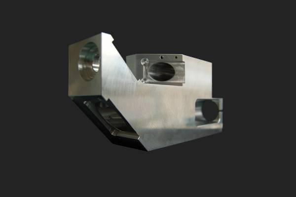 fraisage pièce machine spéciale aluminium 7075